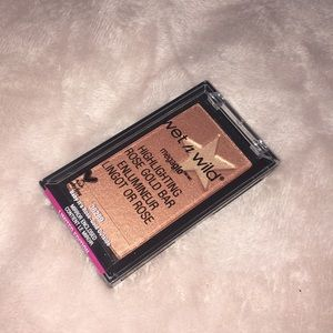 Wet n Wild • Limited Edition! Highlighter